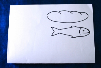 Loaf and fish paper pattern